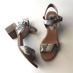 Steve Madden snake print open toe sandals 6